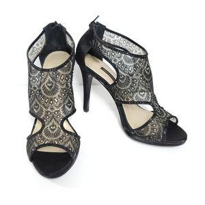 Caparros lacey heels 9B